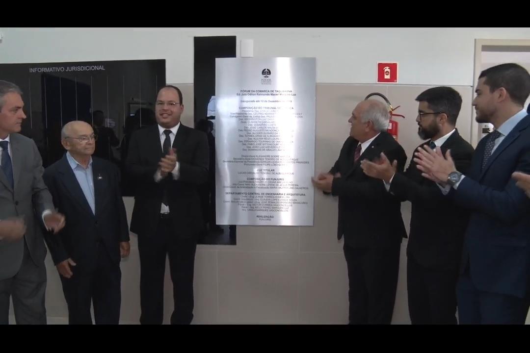 Presidente Otávio Praxedes inaugura Fórum em Taquarana